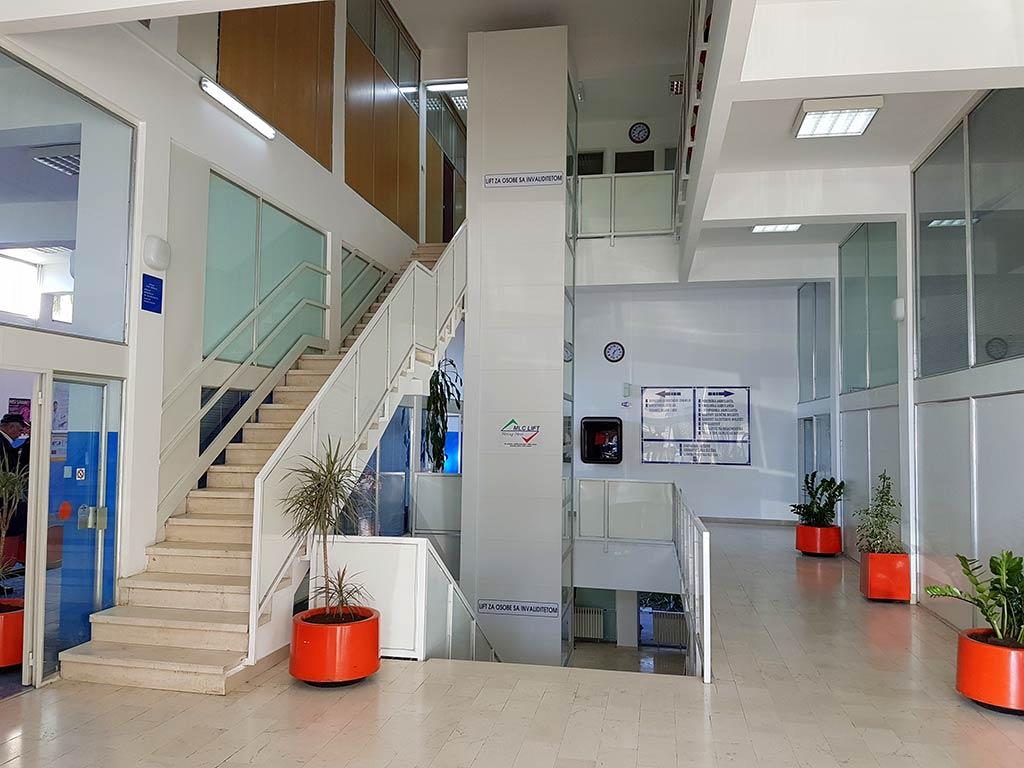 JU Dom Zdravlja Herceg Novi lift